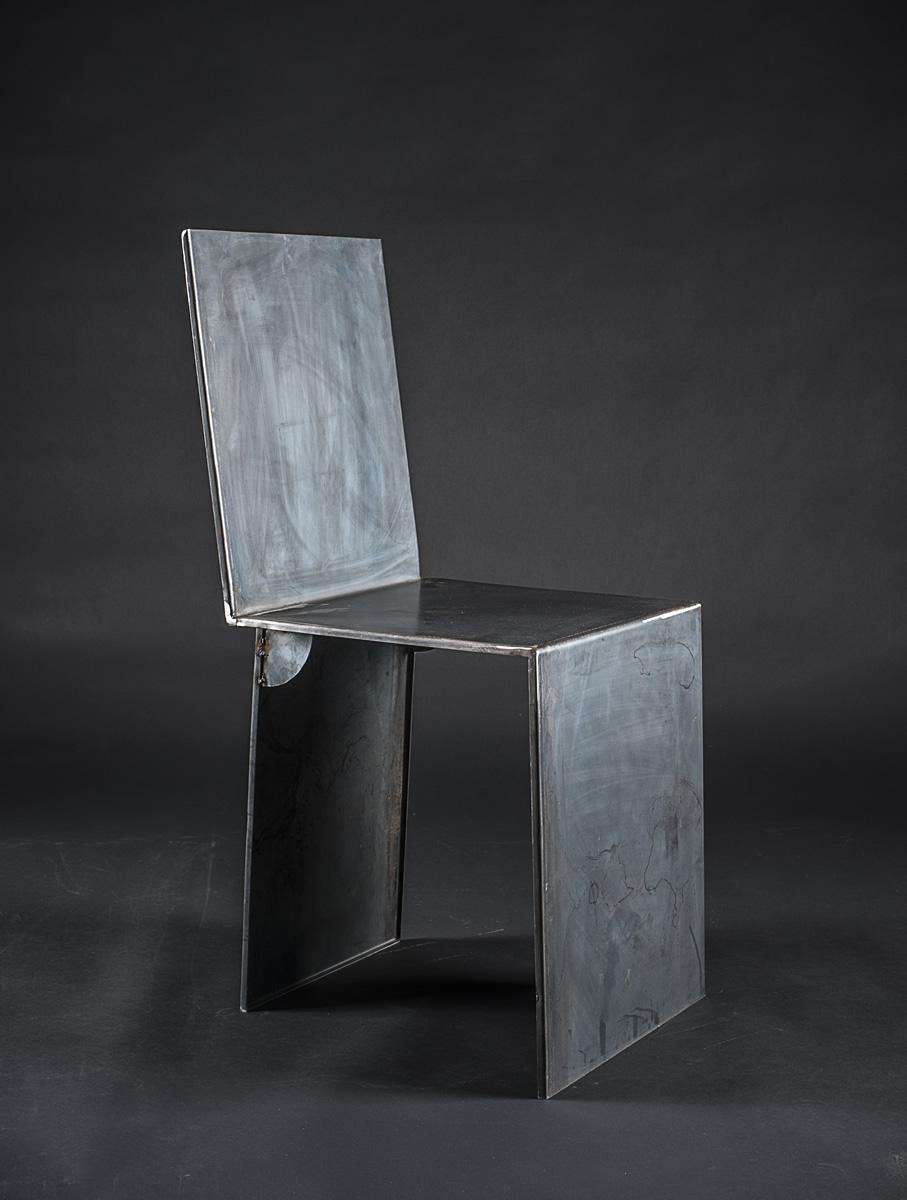 Officine del ferro sedia design in lamiera di ferro piegata for Sedie in ferro design